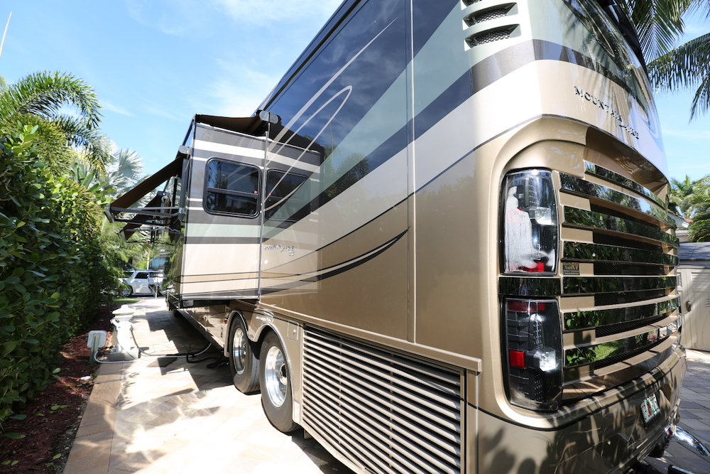 Bus-Stuff.com Class A Rv For Sale